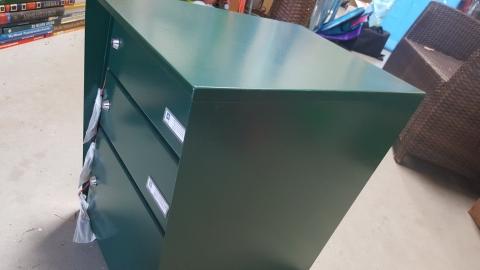 Metall, Kasten, grün,