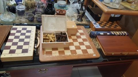 Schach, Schachbrett, Holz, Holzfiguren,