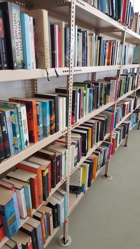 Bücher, Romane, Krimi, Kinderbücher,