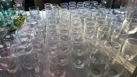 Glas, Gläseer, Trinkgläser, Wasserglas,
