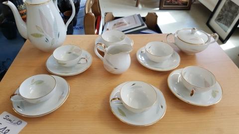 Kaffeeservice, Teller, Tassen, Kaffeetaste,